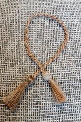 Ozdobny sznurek sizalowy z frędzlami (chwostami)